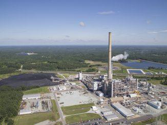 Dan River power plant, Duke Energy, Helicopter coal ash flyover. Photo credit: Sanjay Suchak.