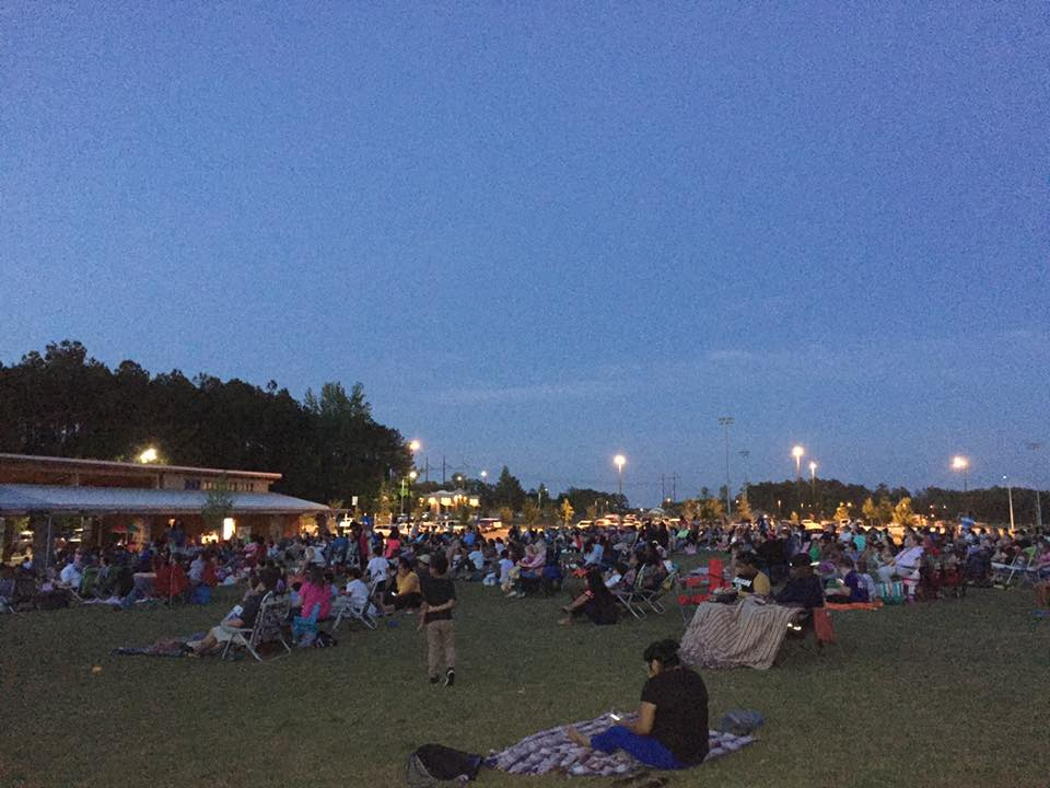 Evening crowd settled in to watch a movie in Knightdale NC. Source: Thomas Walls and Megan Thornton, knightdalenc.gov.