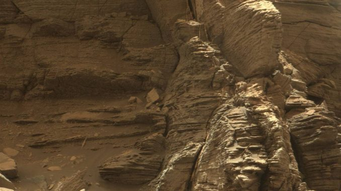 Curiosity got close to this outcrop on September 9, 2016, which displays finely layered rocks. Credit: NASA/JPL-Caltech/MSSS.