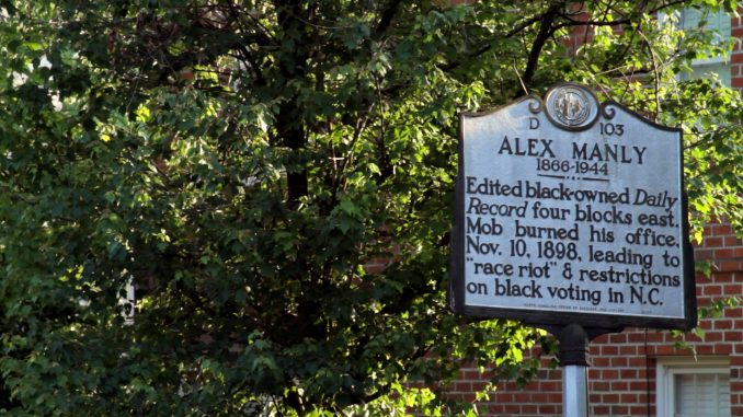 Alex Manly historical marker. Source: Christopher Everett.