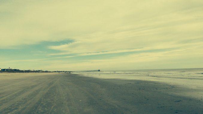 Atlantic Ocean and NC Beach. Photo: Frank Whatley.