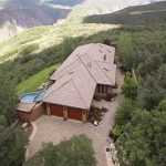 33 acres inside National Park released for sale. The home was designed by Arizona architect Michael C. Daily as a single-story structure with southwestern Santa Fe style architecture. Source: PRNewsfoto/Chapman Real Estate Co.