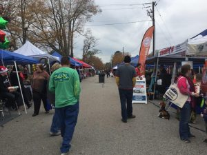 Pop-up Vendor Market along Sycamore Street. Photo: Kay Whatley