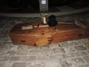 Victorian era casket used for Wayne County Historical Society event. Source: Thomas Bailey