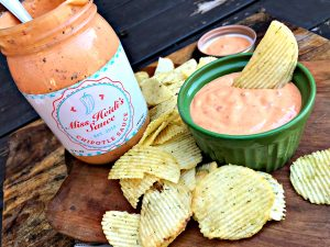 Miss Heidi's Sauce used as a flavored chip dip. Source: Wendy Perry / Miss Heidi's Sauce