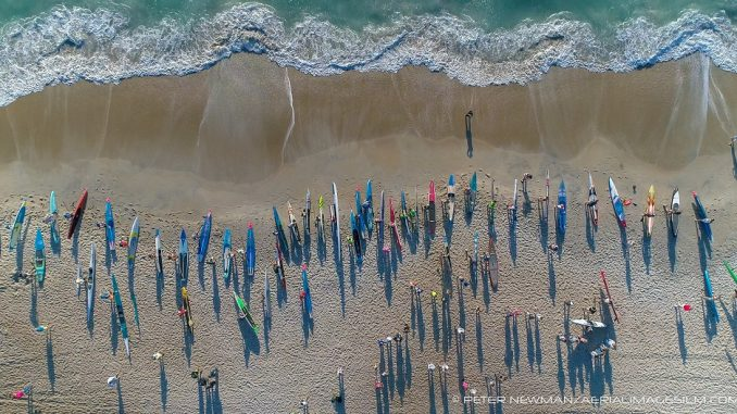 Launch of the elite 6.5-mile Surf to Sound Challenge. Source: Peter Newman/Aerial Images (2017)