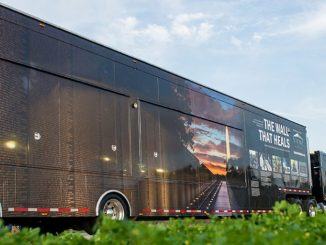 The mobile Education Center travels with the Wall That Heals 3/4 scale replica. Source: Vietnam Veterans Memorial Fund.