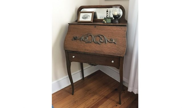 Larkin Soap desk. Source: Donna Campbell Smith