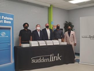 (left to right) Durell Petway, Director Operations Boys & Girls Club of the Tar River Region; Mayor Sandy Roberson, City of Rocky Mount; Bob Lillie, Regional Vice President Suddenlink; Kirby Slade, Boys & Girls Club of the Tar River Region Board Member; Ron Green, Chief Executive Officer Boys & Girls Club of the Tar River Region. Source: Lisa M. Stokes, Altice USA – Suddenlink